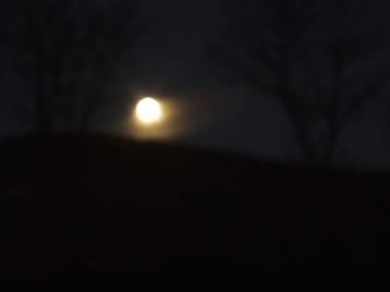 08-01-23-moon (10).JPG